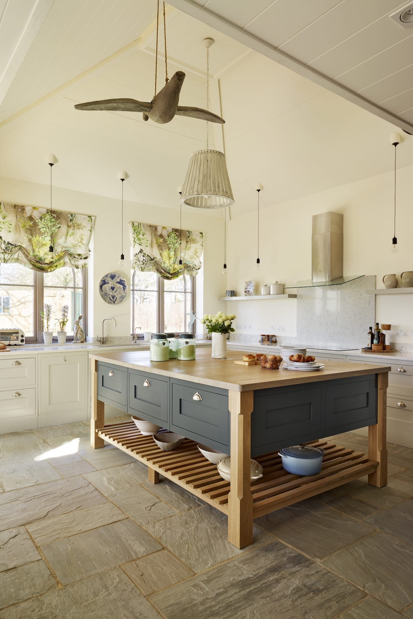 Taking centre stage planning the perfect kitchen island