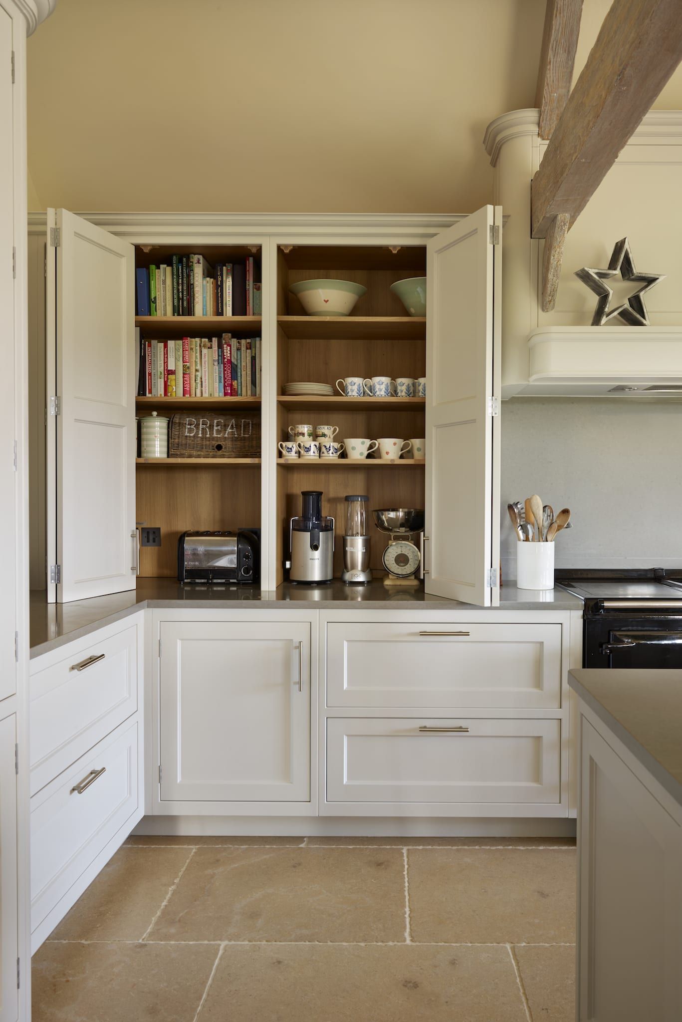 Maximising The Space In Your Kitchen Storage Options To