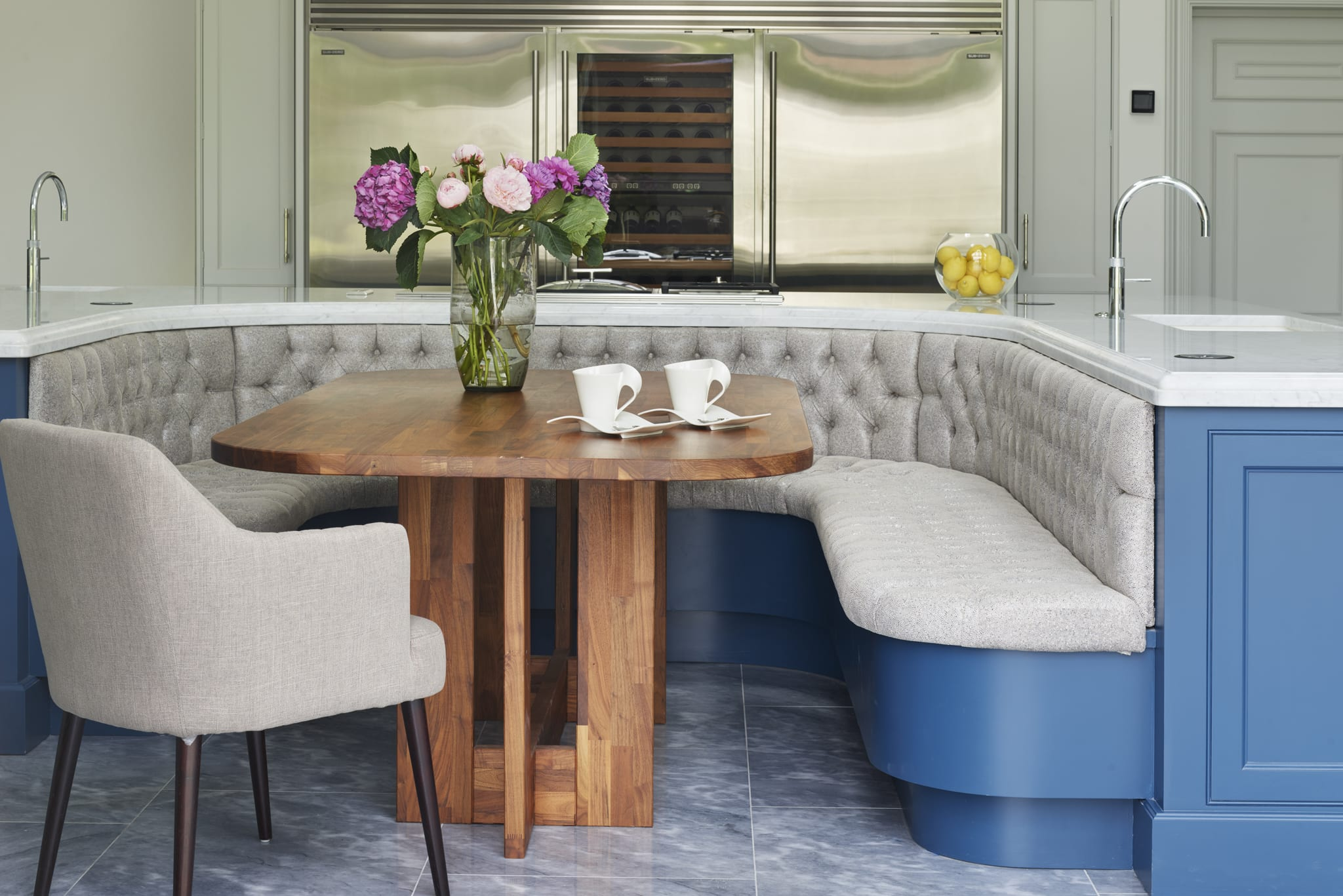 How To Design A Kitchen To Include A Dining Space Davonport